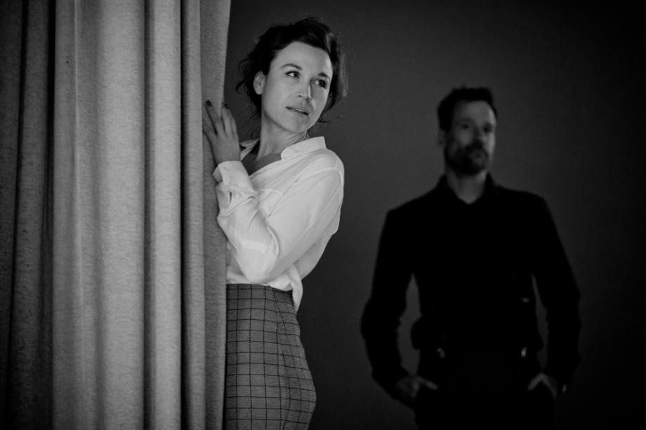Fotoshooting von Mann und Frau in einem Theater in Dresden