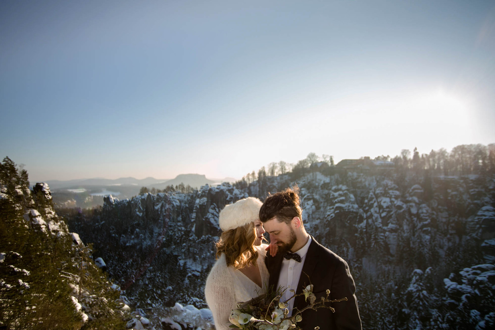 After-Wedding-Shooting im Winter in der Sächsischen Schweiz