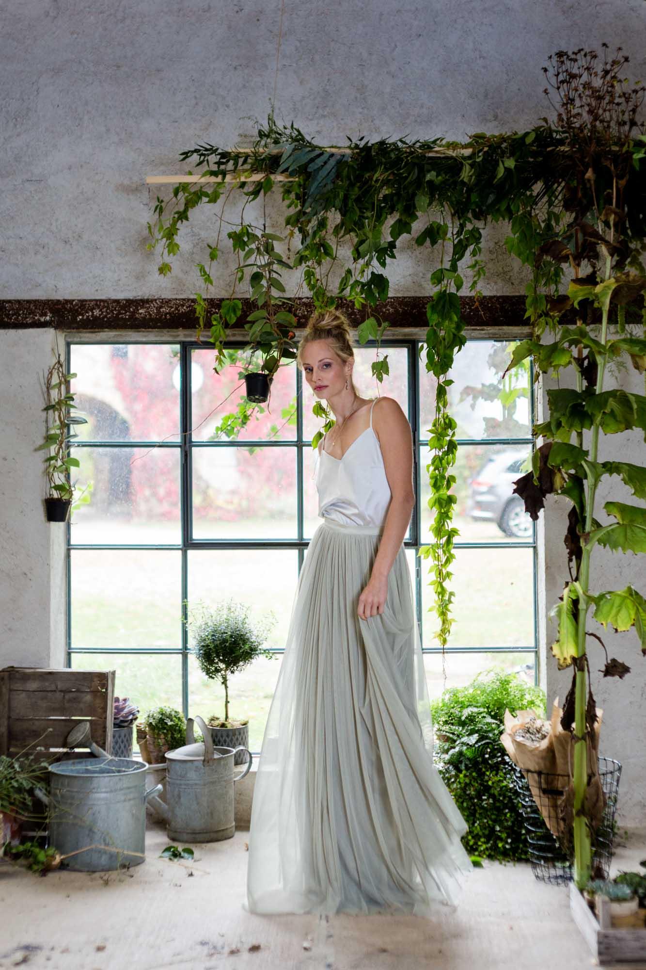 Braut bei Scheunenhochzeit auf Göhrischgut
