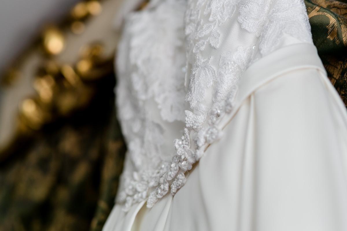 Hochzeitskleid fotografiert von Hochzeitsfotograf in Dresden